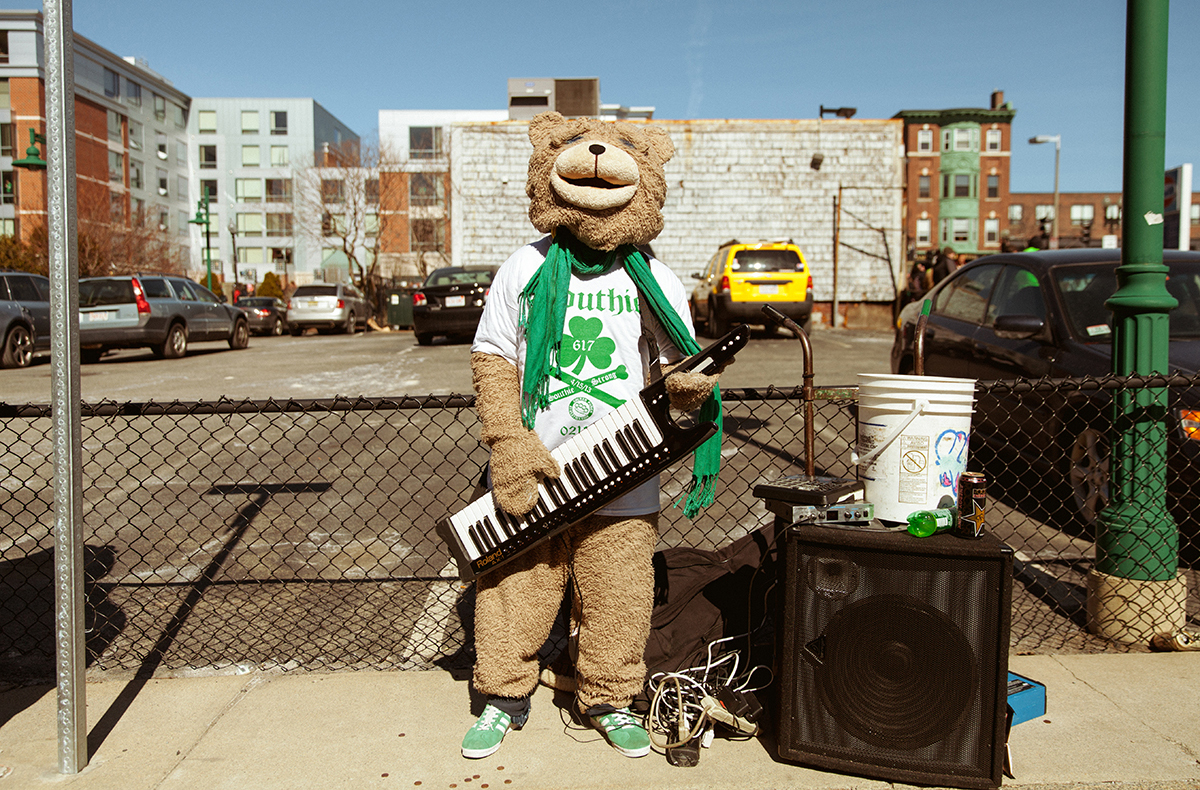 Boston Keytar bear